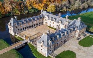 vue de drone chateau portail